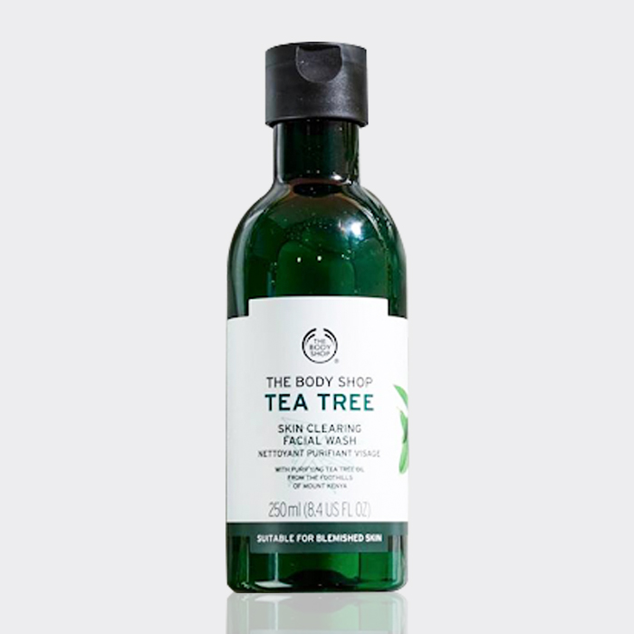 تونر درخت چای (تی تری) بادی شاپ ۲۵۰ میل مدل Tea Tree Skin Clearing Mattifying Toner